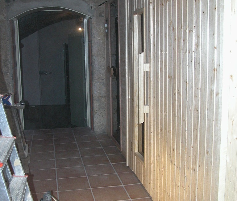 sauna en infrarood in rotswanden  Spanje